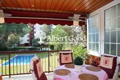 Просторная квартира с террасой в Барселоне в зоне Альта